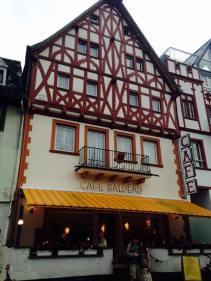 Pit stop for coffee and cakes in Boppard
