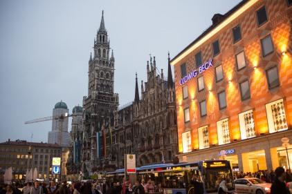 Dinner in the Marienplatz