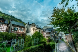 Exploring the tiny medieval streets of Bacharach
